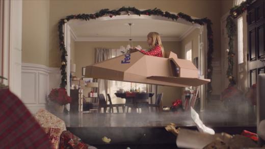Ein fliegendes Paket ist der Star im FedEx-Weihnachtsfilm