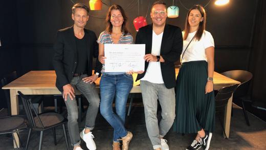 Grabarz-&-Partner-Strategiechefin Stefanie Kuhnhen mit dem Team von Unruly