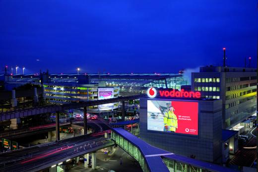 Header-Flughafen-DD