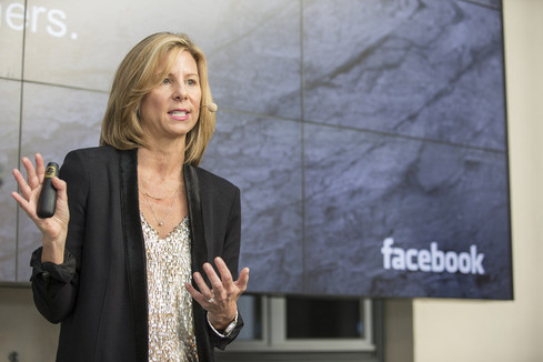 Es folgte Debra Bednar, Global Head of Business Strategy & Growth bei Facebook