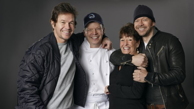"""Wahlburgers"" mit Mark Wahlberg startet am 23. September (Foto: A&E)"