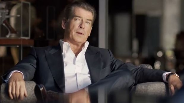 Pierce Brosnan ist der Star des Kia-Commercials