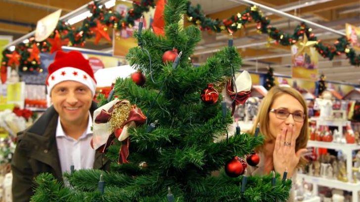 real kampagne weihnachten mit familie franz