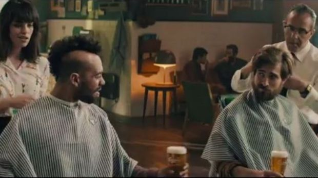"Mit ""If Carlsberg did Haircuts"" setzen Carlsberg und 72andSunny die Wiederbelebung des Claims ""If Carlsberg did"" fort."