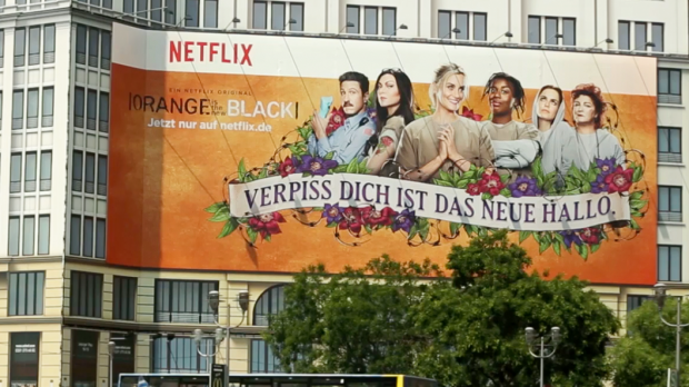 "Out-of-Home-Motiv für ""Orange is the new Black"""