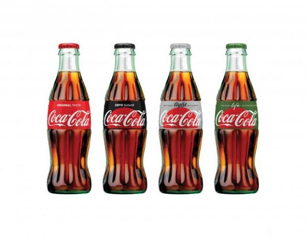 coca cola so sieht das neue packaging design des getr nkeriesen aus. Black Bedroom Furniture Sets. Home Design Ideas