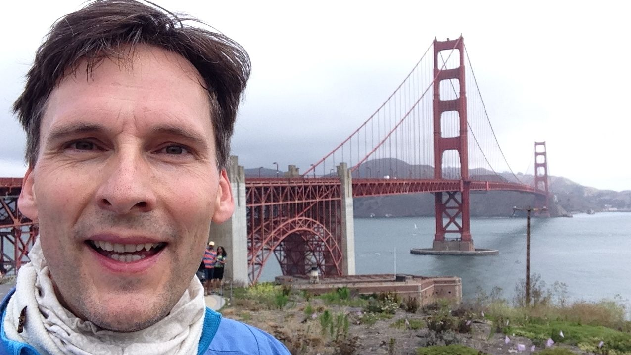 Lars Cords vor der Golden Gate Bridge in San Francisco