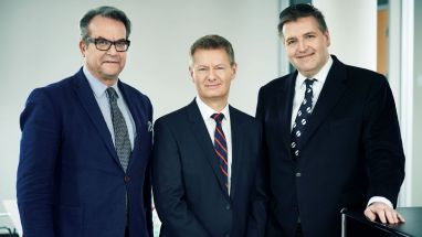 Robb-Report-International-Chef Robert A. Crozier, CEO Stephen Colvin und Jalag-Marketinggeschäftsführer Peter Rensmann (v.l.)