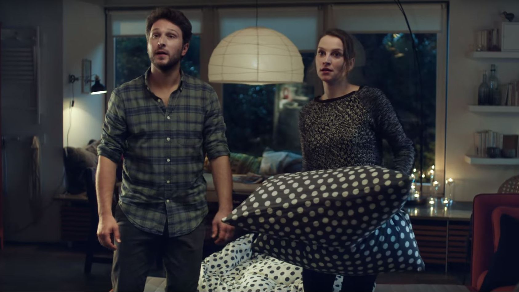 branded entertainment jetzt hat auch ikea seine tv familie. Black Bedroom Furniture Sets. Home Design Ideas
