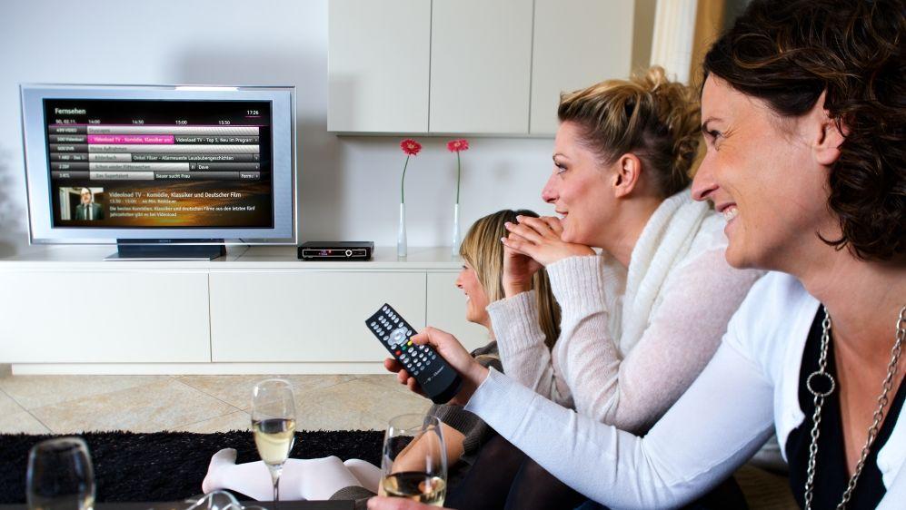exklusiv umfrage video on demand nutzer pfeifen auf klassisches tv. Black Bedroom Furniture Sets. Home Design Ideas