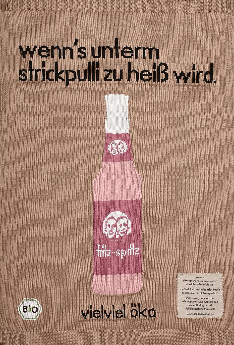 fritz kola blood actvertising sagt mit selbstgestrickten plakaten goodbye. Black Bedroom Furniture Sets. Home Design Ideas