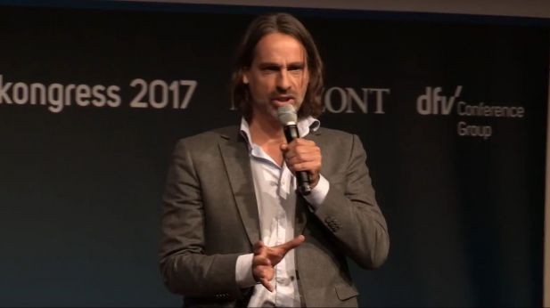 Richard David Precht beim Deutschen Medienkongress