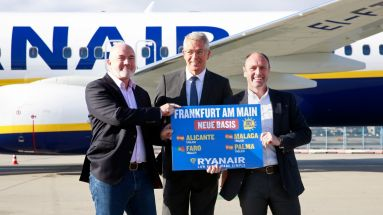 Ryanair-CCO David O'Brien, Fraport-Chef Stefan Schulte und Ryanair-CMO Kenny Jacobs