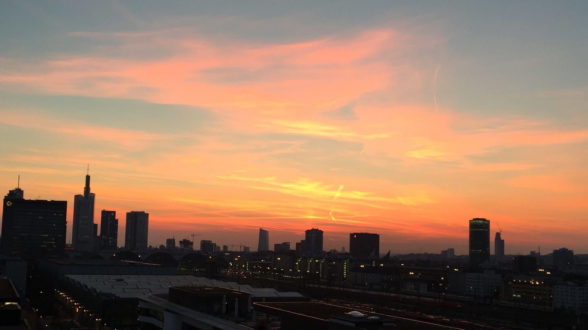 HORIZONT vor 9: Sechs Dinge, die Sie heute Morgen wissen sollten