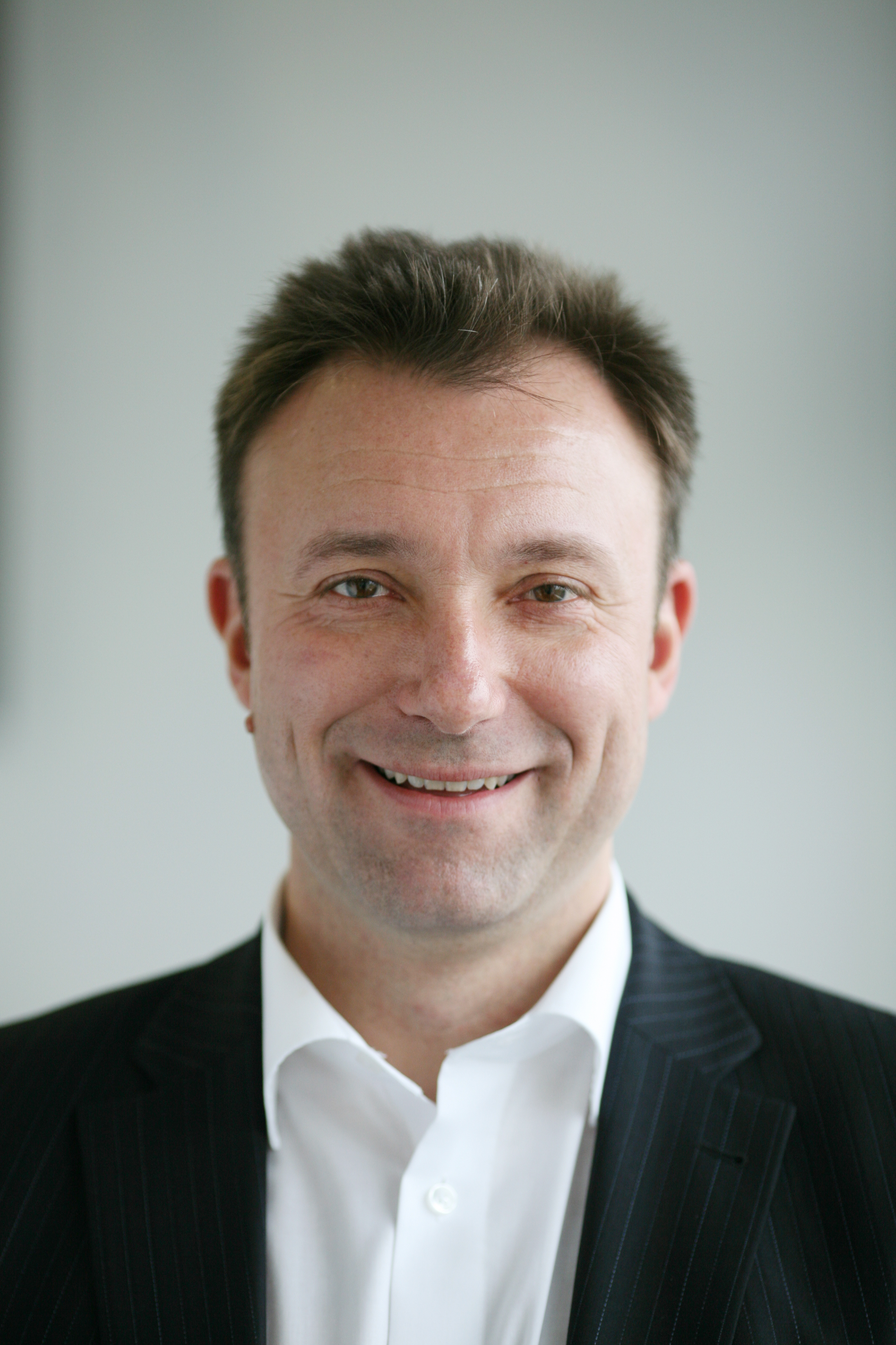 matthias fink wird director sales business bei burda direct. Black Bedroom Furniture Sets. Home Design Ideas