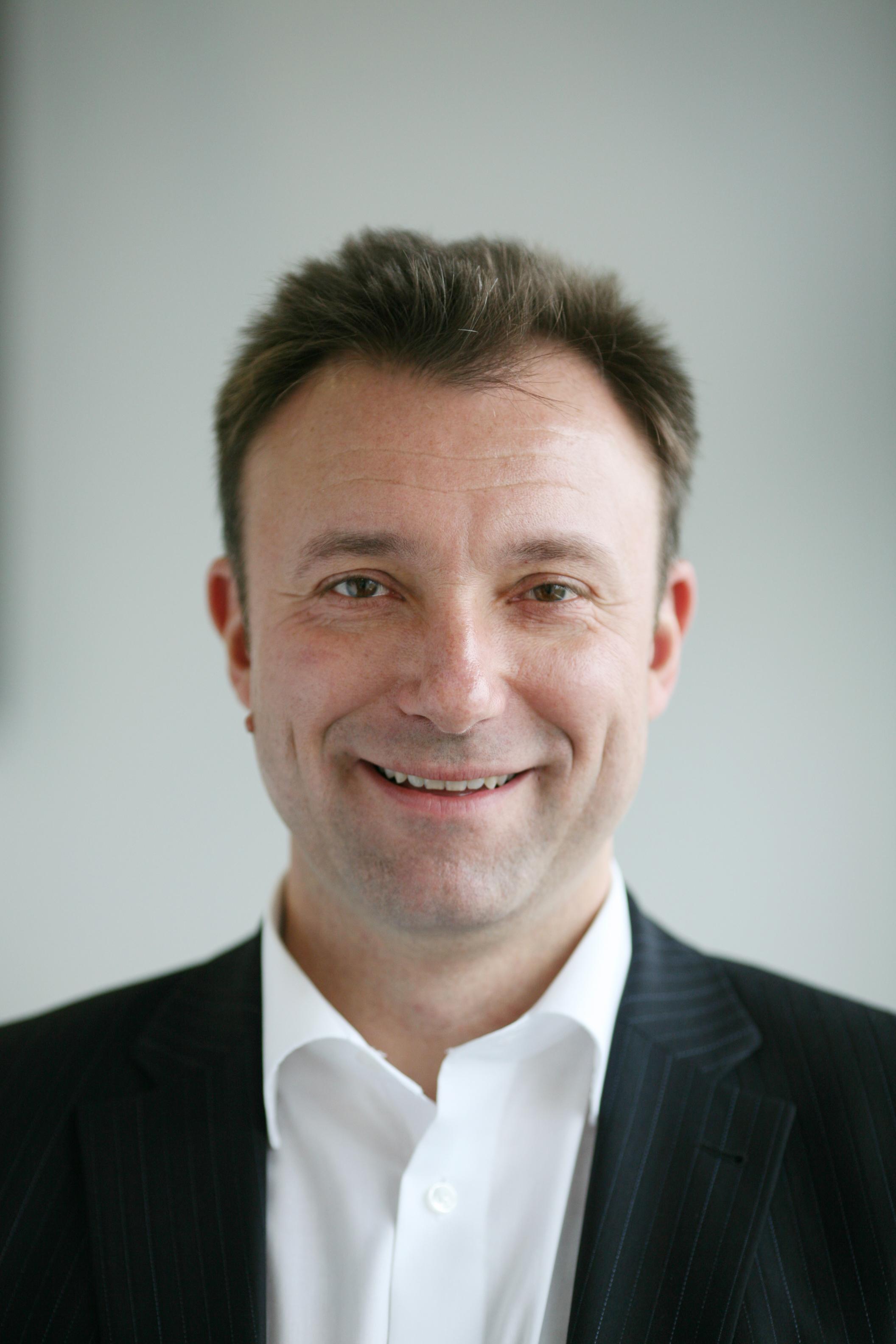 Direct Sales Canada >> Matthias Fink wird Director Sales Business bei Burda Direct