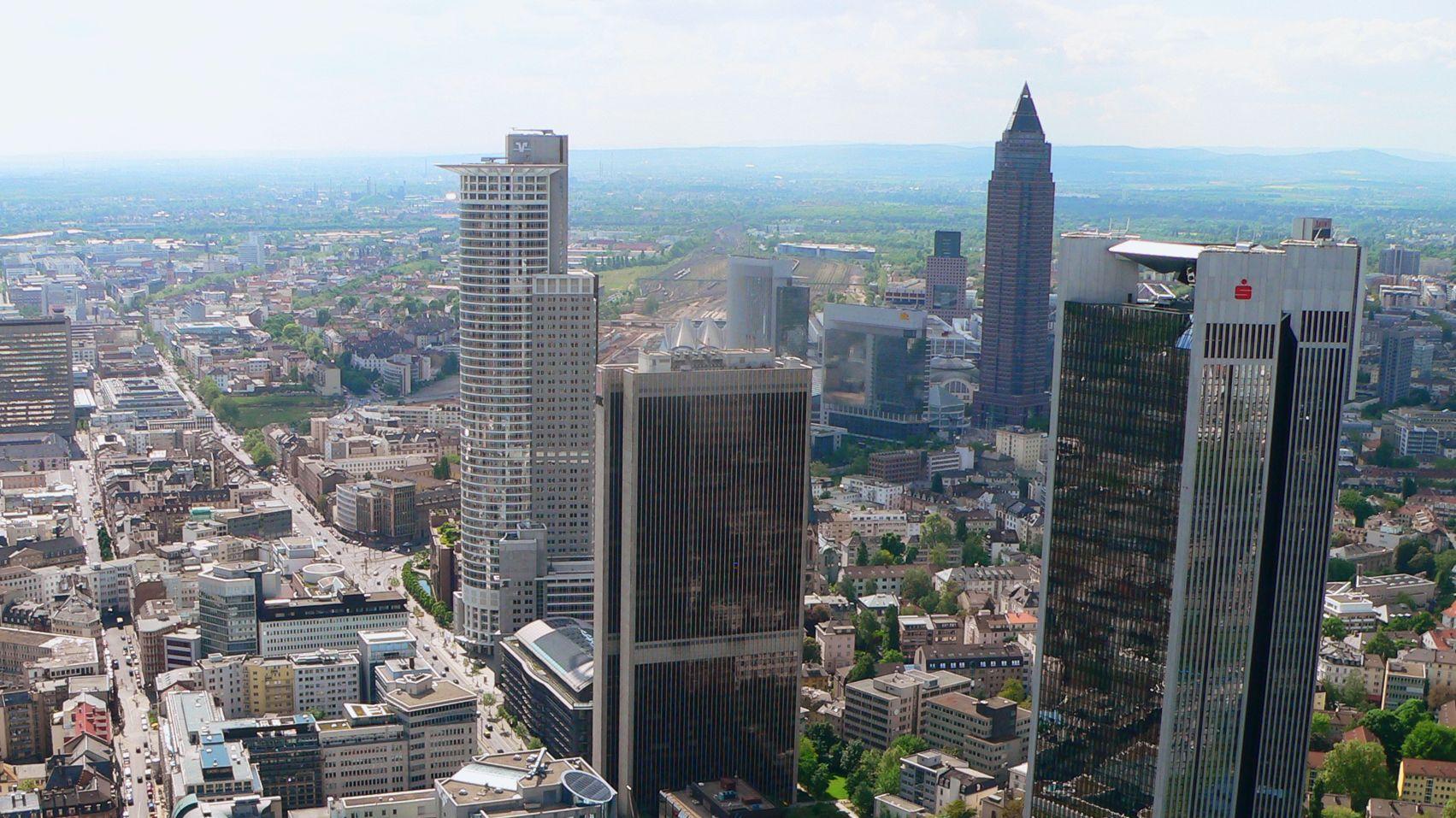 Frankfurt er sucht sie