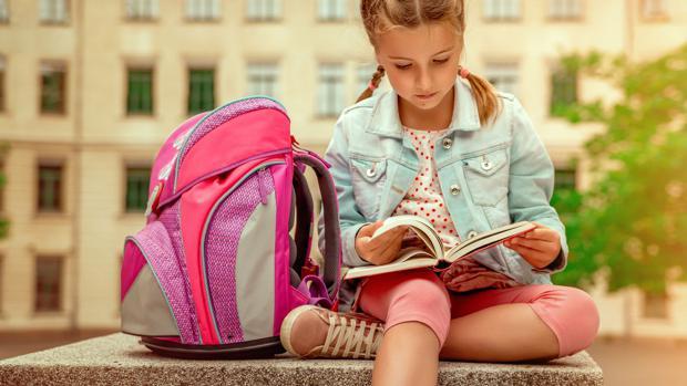 Kinder-Medien-Studie 2017 / Trotz Smartphone: Kinder lesen klassisch!