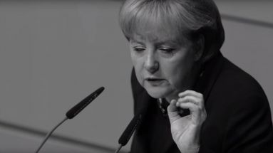 So inszeniert die AfD Angela Merkel in ihren Video-Ads