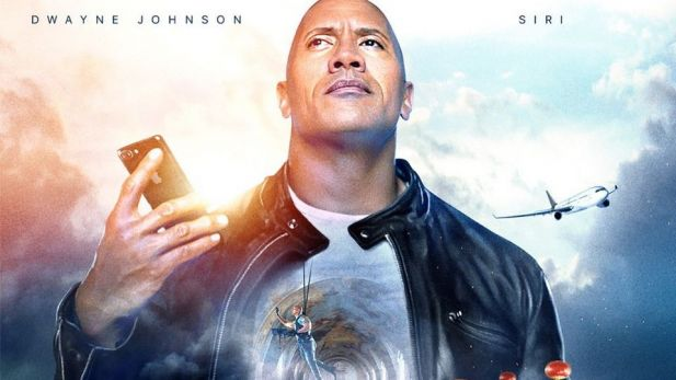 "In ""The Rock x Siri: Dominate The Day"" reist ""The Rock"" mit Siri durch die Welt"