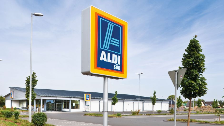 b famous gewinnt aldi s d wie burda mit commercial content durchstarten will. Black Bedroom Furniture Sets. Home Design Ideas