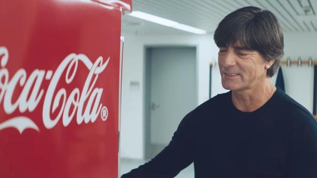 Aldi Werbung Kühlschrank Lied : Coca cola: die kampagne des getränkeriesen zur wm 2018