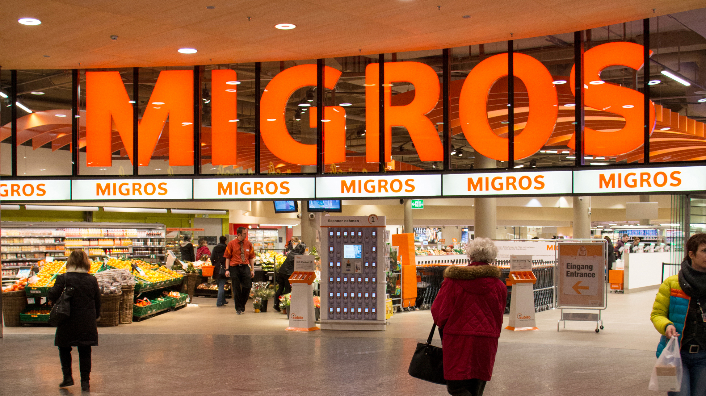 Migros to sell off Globus and other subsidiaries - SWI