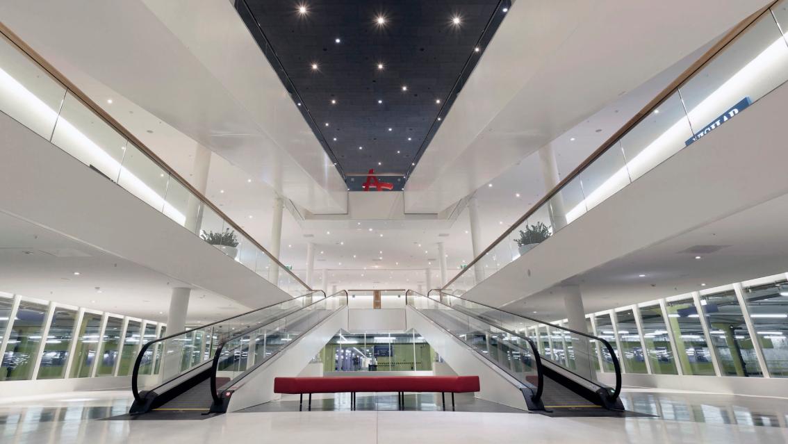 goldbach media dooh ausschreibungen in drei shopping malls gewonnen. Black Bedroom Furniture Sets. Home Design Ideas