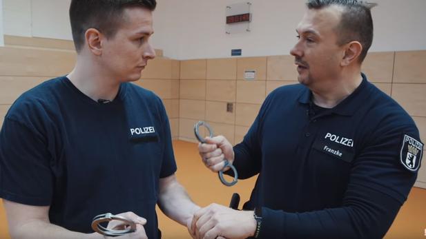 Influencer Recruiting Wie Die Polizei Berlin Youtuber Aaron