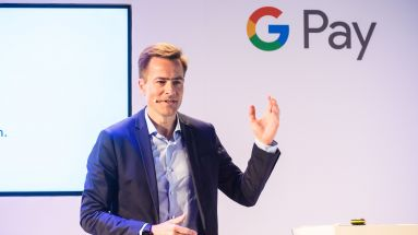 Google-Manager Philipp Justus stellt Google Pay vor