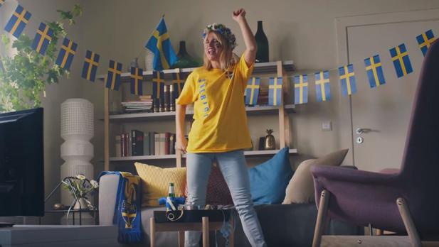 Ikea: Zur Fußball-WM gibt Smilla alles