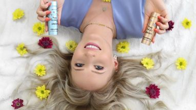 "Youtuberin ""TheBeauty2go"" bringt die Düfte ""Blooming Notes"" und ""Golden Notes"" auf den Markt"