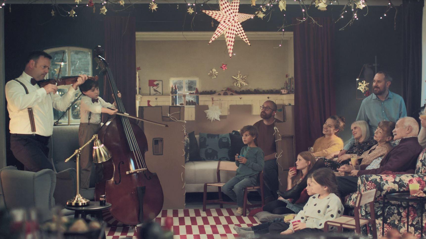 Ikea Thjnk Zaubert Fur Vater Und Sohn Ein Weihnachts Wunderland