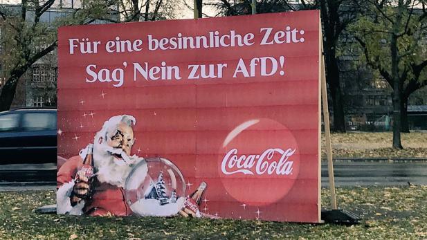 Coca Cola Werbung Weihnachten.Anti Afd Plakat Warum Coca Cola Unfreiwillig Fur Furore Im