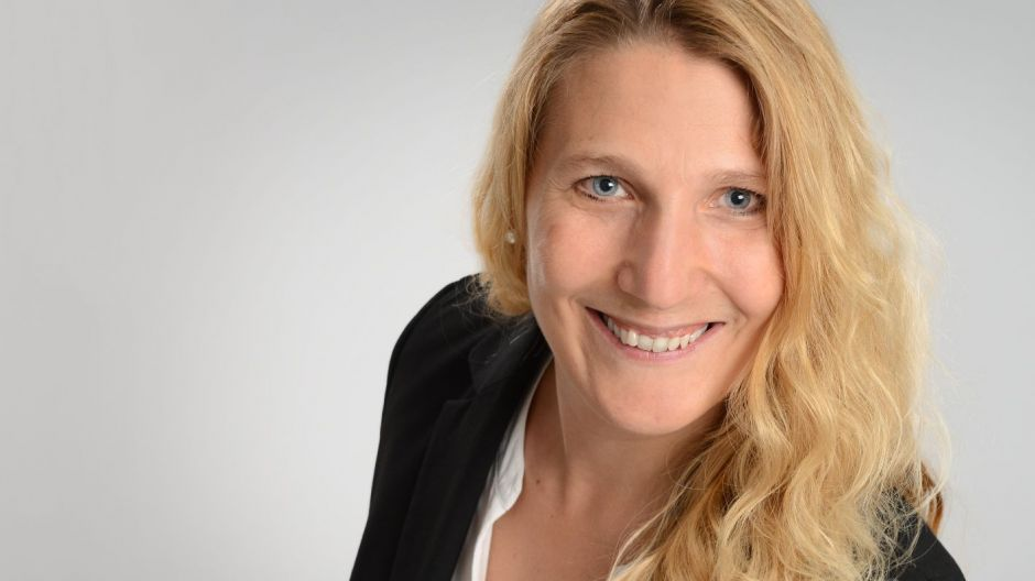 Iris Lorscheid ist Fachdozentin Digital Business and Data Sciences in Hamburg