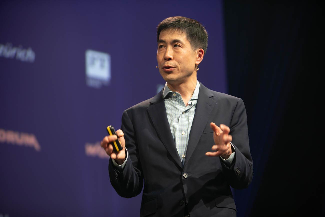 """Worldwebforum: """"Wir sind die Master, AI ist der Servant"""""""