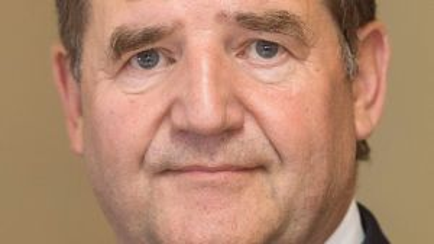 Gestatten, Prinz. Detlef Prinz: Dieser Unternehmer will die Berliner DuMont-Zeitungen kaufen