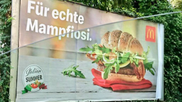 """""""Für echte Mampfiosi"""": Warum der Wirbel um das McDonald's-Plakat übertrieben ist"""