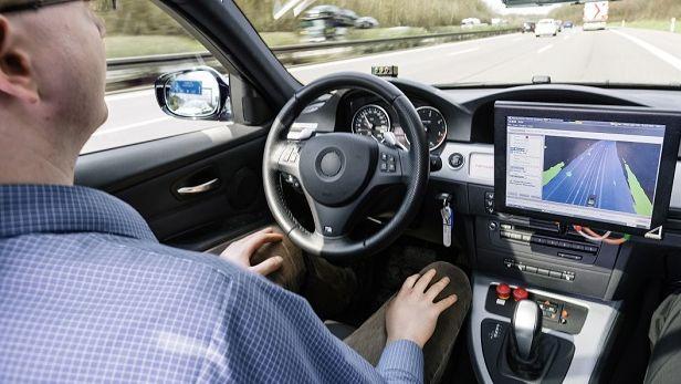 Keine Zukunftsmusik mehr: Das Auto fährt autonom