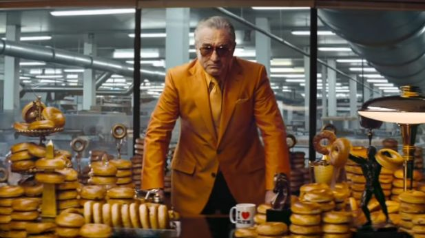 Hollywood-Star Robert de Niro als Bagelkönig für Warburtons