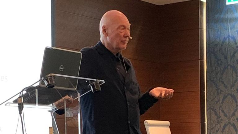Jean.Claude Biver referierte am Connect Alliance Meeting.