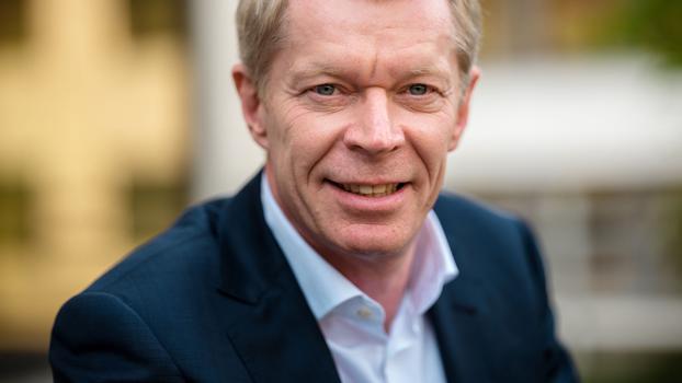 Funke: Geschäftsführer Ove Saffe soll gehen / Im Zeitungsgeschäft drohen teils rote Zahlen