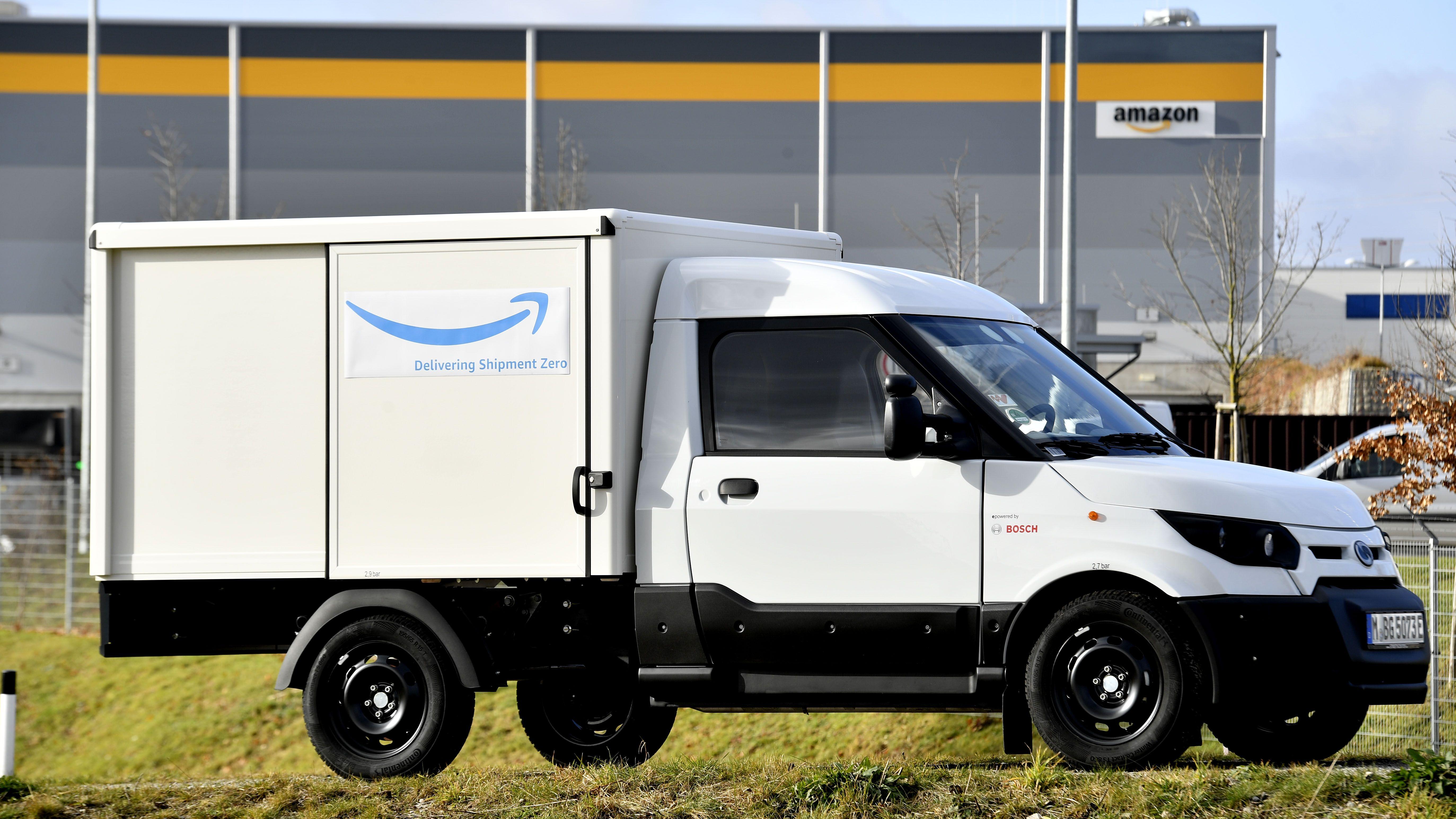 Elektrotransporter : Amazon kauft 40 Streetscooter-Lieferwagen der Deutschen Post