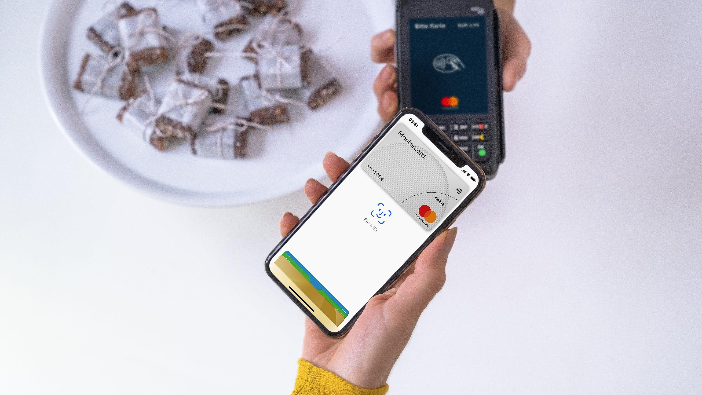 Mobiles Bezahlen: Sparkasse startet heute mit Apple Pay - und das ist der erste Spot