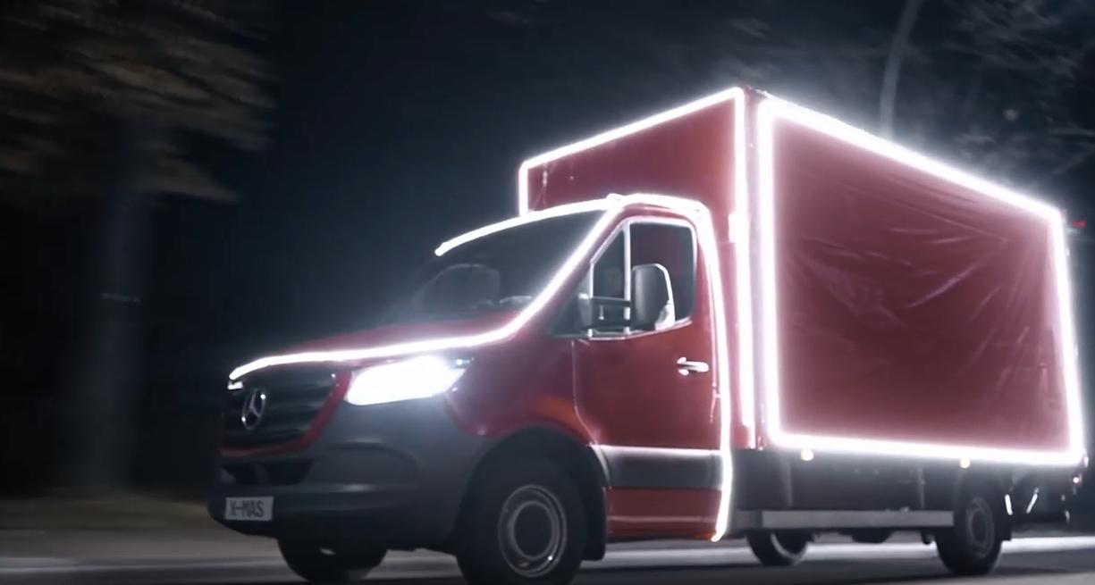 Miles Mobility: So will der Autovermieter genervte Weihnachtsmänner von Coca-Cola abwerben