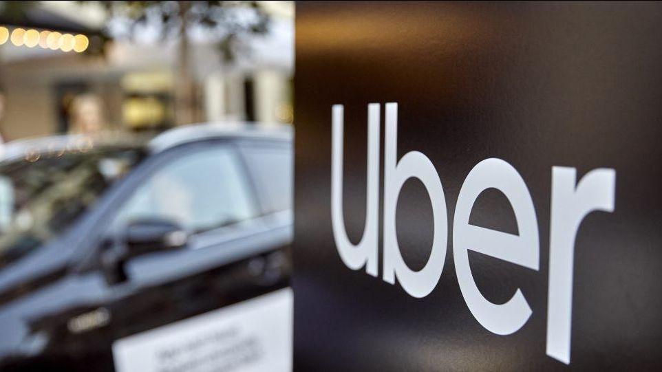 Uber: Taxi Deutschland vollstreckt Frankfurter Urteil gegen Fahrdienstvermittler