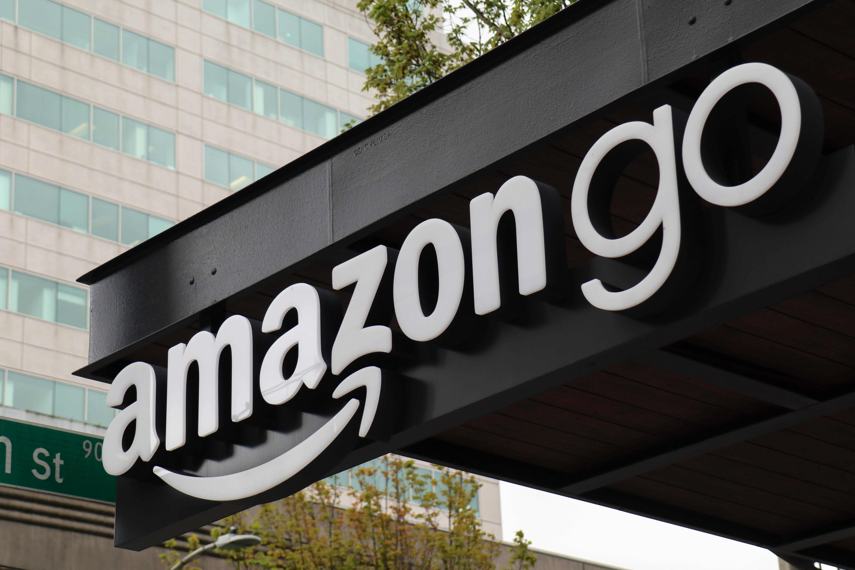 """""""Amazon One"""" : Amazon führt Bezahlen per Handflächen-Scan ein"""
