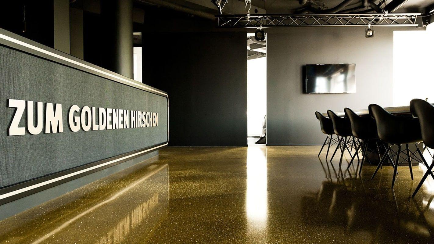 Anwesenheitspflicht abgeschafft: So definiert Zum goldenen Hirschen die Arbeit in seinen Agenturen neu