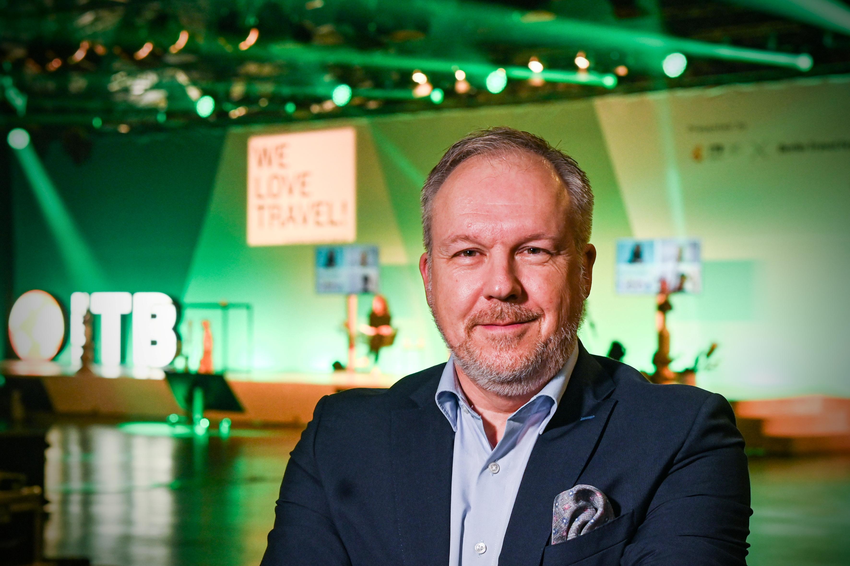 HORIZONT-Livestream Event: ITB-Messechef David Ruetz spricht über die Zukunft der Reisebranche