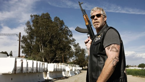 "Clarence ""Clay"" Morrow ist der Boss der ""Sons of Anarchy"" (Foto: FX Networks)"